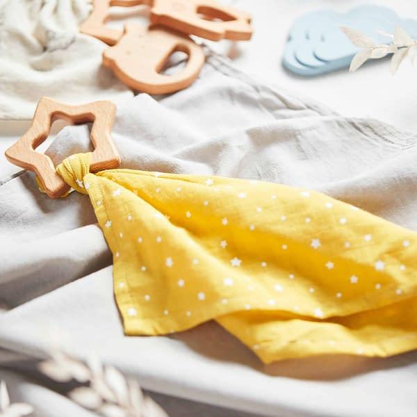 Mini muslin comforter cloths